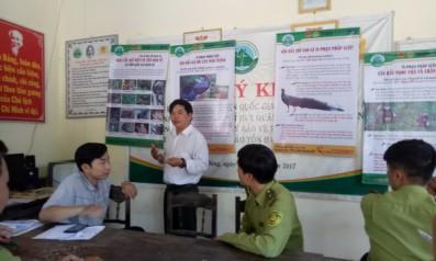 Vườn quốc gia Bạch Mã phối hợp với Trung tâm Bảo tồn Thiên nhiên Gaia tổ chức tập huấn Hướng dẫn sử dụng bộ Poster tuyên truyền bảo vệ động vật hoang dã nâng cao hiệu quả trong các buổi họp thôn