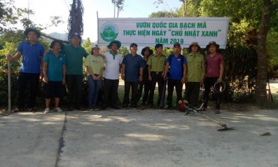 Vườn quốc gia Bạch Mã phối hợp với các tổ dân phố của Thị trấn Phú Lộc thực hiện Ngày chủ nhât xanh