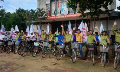 Vườn quốc gia Bạch Mã tổ chức đạp xe vì môi trường và giao lưu văn nghệ tuyên truyền bảo vệ rừng