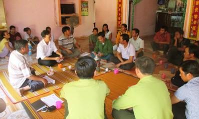 Giao khoán bảo vệ rừng theo chương trình dịch vụ môi trường rừng cho người dân tại Đông Giang, Quảng Nam
