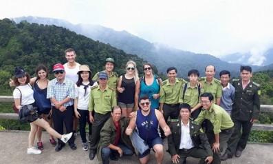 Vườn quốc gia Bạch Mã tổ chức tập huấn thuyết minh, giới thiệu   thông tin chung về Vườn cho du khách