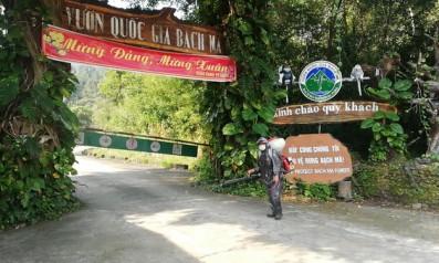Vườn quốc gia Bạch Mã chủ động khử trùng phòng chống virus Covid – 19