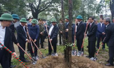 Vườn quốc gia Bạch Mã vinh dự đón Thủ tướng Chính phủ nước Cộng Hòa Xã Hội Chủ Nghĩa Việt Nam Nguyễn Xuân Phúc đến thăm và trồng cây lưu niệm